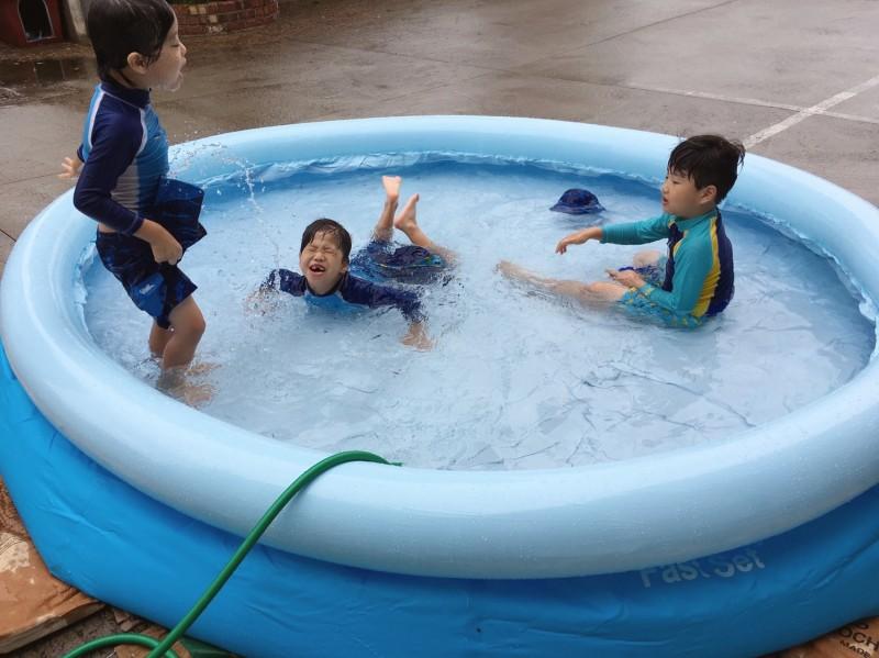 056600f9c7a (아이들 방학후 시간이 멈춰버린듯ㅋㅋㅋㅋㅋㅋ) 3박4일 친정에 다녀왔습니다 in 대구 (정확히 말하면 칠곡입니다ㅋㅋ) 작년에 근처 수영장갔다가  물상태가 ...